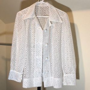 NEW LISTING - VINTAGE LACE BUTTON UP BLAZER